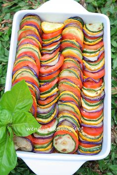 Ratatouille: this looks beautiful! Chop ingredients, saute then make the sauce and bake for 15min.