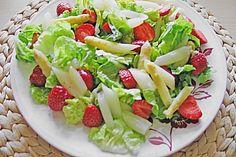 Spargel - Erdbeer - Salat mit Hähnchenbrustfilet (Rezept mit Bild) | Chefkoch.de..................asparagus-strawberry-Salad with Chickenbreast