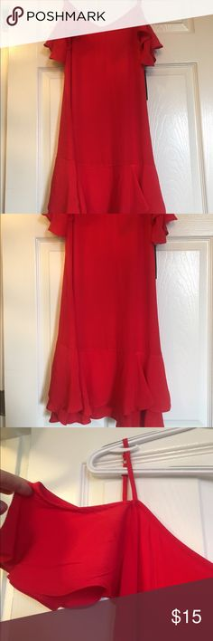 Red dress, off the shoulder Red dress, off the shoulder, never been worn, tag still on. From Lulus.com Lulu's Dresses