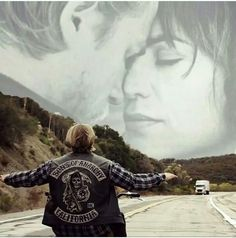 Best Jax/Tara tribute.  They are together again.