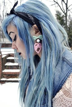 One day I will dye my whole entire head of hair blue! That's a promise!   Follow http://www.pinterest.com/vglondon/ for the BEST trends in victorian vintage goth glory!