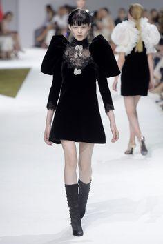 Couture Fall 2016 Trend: Velvet | Giambattista Valli Couture Fall 2016 [Photo: Giovanni Gianonni]