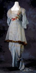 Hobble-skirt outfit by Cummings, St. Louis, 1912