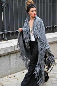 Gypsy Mama | With class!  Love the long shawl with fringe, and the rest neutral.  Lovely.