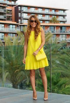 yellow dress, yellow bag. and nude heels. so easy. so nice.