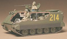 35040 U.S. Armoured Personnel Carrier M113 (1/35 Military Miniature Series) 1974