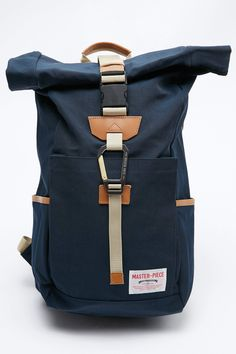Totem Brand focuses on American-made and manufactured brands, as well as an attitude towards high quality, durable and practical fashion. Trendy Backpacks, Backpacks For Sale, Backpack For Teens, Backpack Bags, Fashion Bags, Fashion Backpack, Nylons, Laptop Rucksack, Work Bags