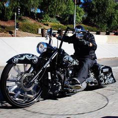 """""""Follower Feature' @bigwheelsonbikes #iebaggers #bigwheelharley…"""