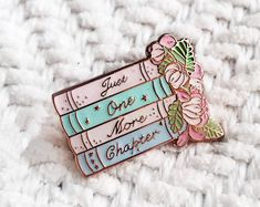 'Just One More Chapter' Pastel Enamel Pin Jacket Pins, Cool Pins, Pin And Patches, Disney Pins, Stickers, Pin Badges, Lapel Pins, Pin Collection, Book Worms