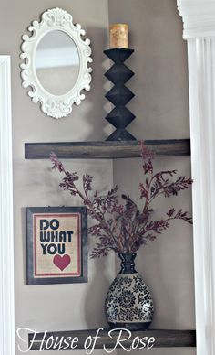 I love the idea of floating corner shelves. I must find out how to get some. - Trending Corner Shelves - Ideas of Corner Shelves Fireplace Makeover, Floating Corner Shelves, Decor, Niche Decor, Diy Home Decor, Home, Corner Shelves, Modern Fireplace, Tiny Living Rooms