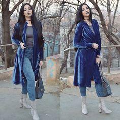 Blue cardigan/Pierre Cardin bag/Deichman boots/Velvet  Laura Serban