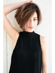 キアラ(Kciara) 前髪長めの大人の美シルエットショート