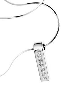 9685. 18k white gold necklace with brilliant cut diamonds. $1649