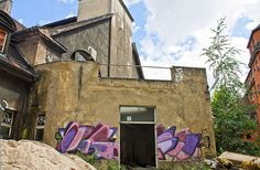 Abandoend and forgotten places in Berlin.       http://www.flickr.com/photos/berlin_streetart/sets/72157630191690894/