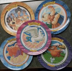 17 Fast Food Promotional Items That You Totally Forgot You Had Growing Up – Lebensmittel Ideen Pokemon Playing Cards, Pokemon Cards, 1990s Kids, Childhood Memories 90s, Right In The Childhood, Mcdonalds Toys, Disney Souvenirs, 90s Toys, 90s Cartoons