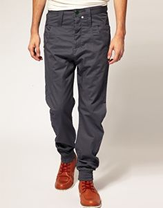 This is a very trendy grey ankle cuffed jeans by Humor Zankels.  The grey matched with the white buttons around the jeans makes the cutting of the jeans stand out.  I especially like the back of the pants because the pockets are shaped in a manner which can make you look skinnier. I would consider these grey jeans smart casual and the colour/style makes it very easy to match with other clothing and shoes.