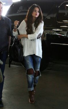 Selena Gomez In Colorado Airport