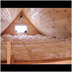 Ok I would be seriously happy for like ever with how my room looked if I had this!!