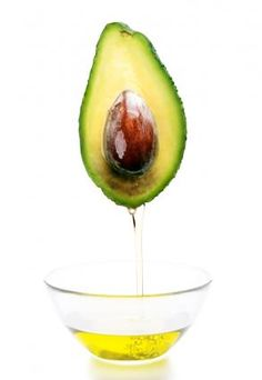 Avocado oil, an edible oil made from pressing the flesh of the avocado fruit, is tremendously nourishing to the body, both inside and out. Avocado oil is . Rosacea Causes, Rosacea Remedies, Natural Remedies, Avocado Oil Benefits, How To Treat Rosacea, Essential Oils For Rosacea, Home Spa Treatments, Healthy Fats