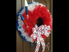 Patriotic Tulle Wreath Tutorial by Trendy Tree Tulle Crafts, Wreath Crafts, Diy Wreath, Tule Wreath, Tulle Wreath Tutorial, Flower Tutorial, Patriotic Wreath, Patriotic Decorations, 4th Of July Wreath