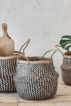 Our authentic Raja belly baskets are an essential for unique home storage and organisation. Lined Wicker Baskets, Wicker Baskets With Handles, Rattan Basket, Storage Baskets With Lids, Belly Basket, Hidden Spaces, Water Hyacinth, Bohemian Decor, Zig Zag