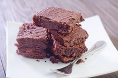 These Nutella Fudge Brownies are made with our recipe for Nutella prepared with whole food ingredients!  #Nutella #fudgebrownies #brownies