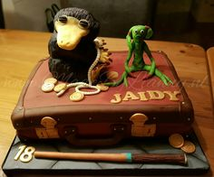 Fantastic beasts and where to find them cake www.MadeByLianny.nl