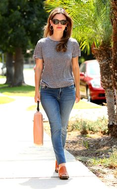 Rachel Bilson from The Big Picture: Today's Hot Photos