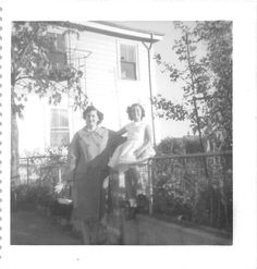 Photograph Snapshot Vintage Black and White Mother Daughter Smile Dress 1950'S | eBay