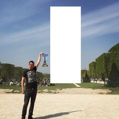 Man Asked The Internet To Photoshop The Eiffel Tower Under His Finger
