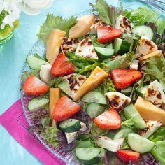 Juustoleipä-melonisalaatti