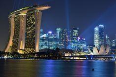 Singapore Skyline, with the Marina Bay Sands Hotel in the foreground. Image © Flickr CC user Nicolas Lannuzel. Gallery - The Top 10 Most Impactful Skylines - 6