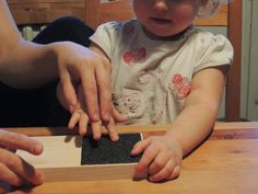 osem rúk doma: Hmatové doštičky Montessori / Touch tablets Montes...