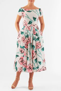 Bold florals amp up the sweet charm of our crepe dress, cut in a flattering fit-and-flare style and styled with a pleated neckline.