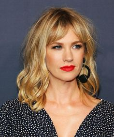 Everyone In Hollywood Is Getting This Low-Maintenance Cut Curtain Bangs Celebrity Hairstyle Trend – Kirsten Dunst Wavy Hair, Her Hair, Blonde Hair Fringe, Warm Blonde Hair, Fine Hair, Blonde Hair Red Lips, Ombre Hair, Hairstyles With Bangs, Cool Hairstyles