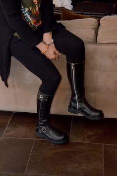 My love of FLUEVOG is GROWING!  Fluevog Bondgirl boots a good zipper detail makes the boot