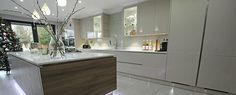 Handleless Kitchen Island from LWK Kitchens
