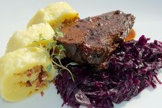 """Recept: Bravčový bôčik a divina s kapustou a zemiakovou knedľou (alebo """"Knedlo-zelo-vepřo"""" na iný spôsob)   Nebíčko v papuľke"""