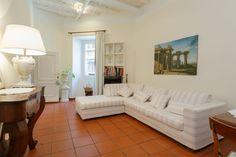 Apartment in Roma, Italy. Right downtown, building of XVI century, quiet & safe street, few steps from Castel S. Angelo, San Pietro, Piazza Navona, Pantheon. Renovated, tastefully furnished and equipped with every comfort. Best location to start your wonderful holiday in R...
