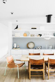 Creative Kitchen, Sorrento, Interior, and Design image ideas & inspiration on Designspiration Dining Room Design, Dining Area, Kitchen Dining, Dining Chairs, Design Kitchen, Room Chairs, Kitchen Grey, Nice Kitchen, Wooden Chairs