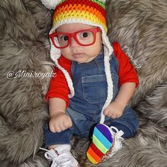 OMG this lil guy is just soo cute. Love all his lil outfits. 😍😍 👑⭐👑⭐👑⭐ #followme #likes #likes4likes #photooftheday #bckcutie #FashionKids #kidsofinsta #babiesofinsta #Fashion #growingupgerber #babyigmodels #curlyhair #beautifulbabies #spamm #instagrammers #instatoddler #toddlerfashion #igkiddies #toddleroot #instagram #minilicious #fashionbaby #miniroyalz #fashionbaw