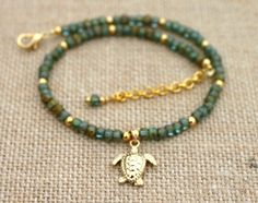 My turtle anklet custom anklet Beaded Anklets, Anklet Jewelry, Beach Jewelry, Beaded Bracelets, Simple Jewelry, Cute Jewelry, Jewelry Crafts, Handmade Jewelry, Bracelet Making