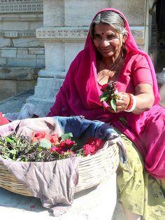 Flower Seller @Ranakpur