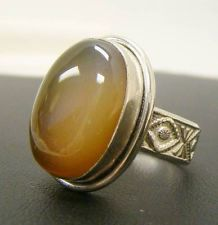 LIGHT BROWN GEMSTONE CABOCHON OPAQUE RING  7.9g STERLING SILVER 925 SIZE 9