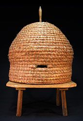 Lisa Head is a basketweaver from Kentucky, via Pennsylvania.  First saw her work when I worked for Country Home.