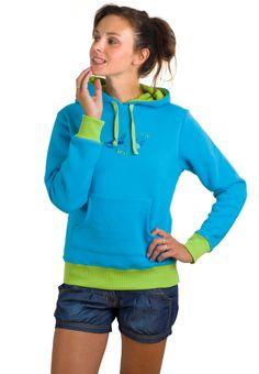 Donna Sweatshirt Blue - Nejheboučtější mikina současnosti vám výrazně zkomplikuje sprchování a případné další aktivity, které předpokládají svlékání. Jen pár věcí na světě je na omak takhle parádní. Hoodies, Sweatshirts, Blues, Graphic Sweatshirt, Lady, Sweaters, Shopping, Fashion, Moda
