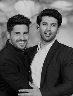 Indian Celebrities, Bollywood Celebrities, Celebrity Crush, Celebrity Photos, Roy Kapoor, London Dreams, Gym Buddy, Antoine Griezmann, Handsome Actors