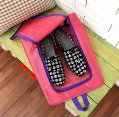 Beautiful Travel Waterproof Shoes Bag of attractive pink color is a perfect thing to carry your shoes on outdoor tours, in specially traveling tour packages of adventurous places this product can be really very helpful for you. Just visit www.catchin24.in and explore magnificent Travel Waterproof Shoes Bag Pink, Blue and other various colors.  http://www.catchin24.in/pink-portable-travel-waterproof-shoes-storage-bag-pouch.html