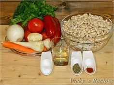 Ciorbă muntenească de fasole boabe – Vicky's Recipes Romanian Food, Cheese, Vegan, Recipes, Recipies, Ripped Recipes, Vegans, Cooking Recipes