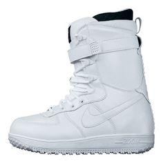 nike boots for snowboarding! hmmmmm....   ?